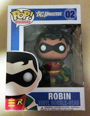 #02 - Robin (Bobble-Head) [Target Exclusive]
