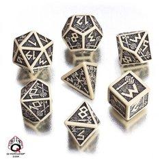Q-Workshop Beige-Black Dwarven Dice Set