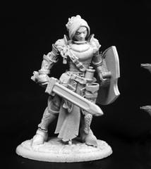 Merrowyn Lightstar, Female Elf Paladin
